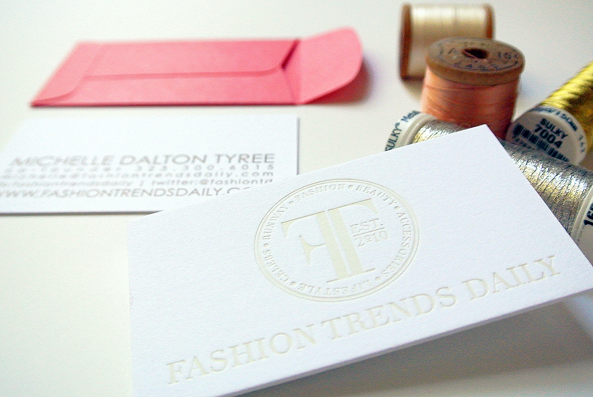 FigmintDesign_FashionTrendsDaily_BusinessCards